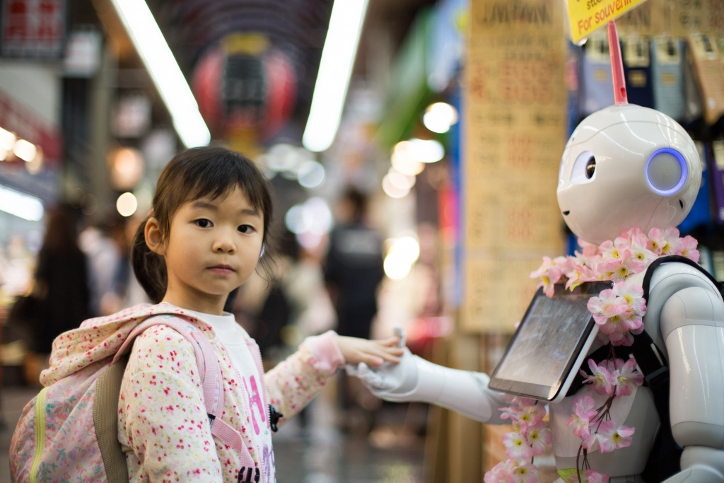 Robot & girl.